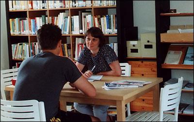 Cosetta durante un colloquio